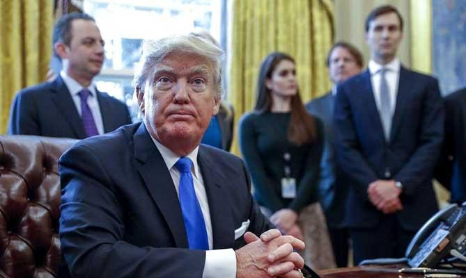 Presentan ley para limitar la autoridad de Trump en ataques nucleares