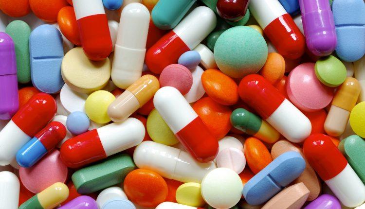 """La Organización Mundial de la Salud dice que urge hallar nuevos antibióticos para 12 """"superbacterias"""""""
