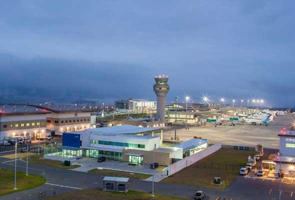 Programa tus vuelos, el Aeropuerto de Quito cerrará durante cuatro domingos