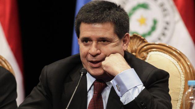 Presidente paraguayo Horacio Cartes renuncia a la reforma de reelección