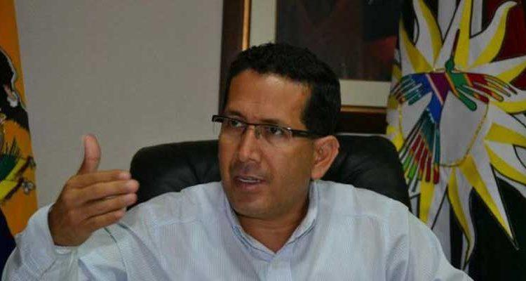 Cobro de peaje en vía Alóag-Santo Domingo en territorio Tsáchila está autorizado por el MTOP, según prefecto Geovanny Benítez