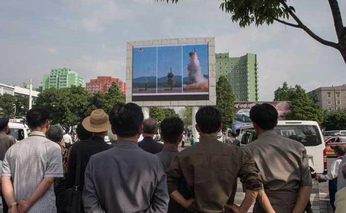 Corea del Norte prueba misil exitosamente