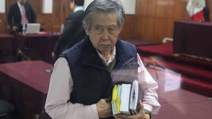 Peruanos aprueban la libertad para Alberto Fujimori