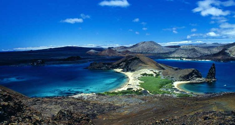Galápagos entre los 10 mejores destinos para conocer en verano