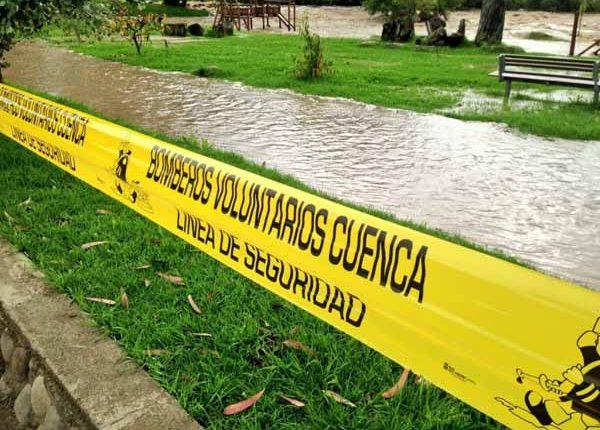 Creciente de ríos en Azuay y Cañar