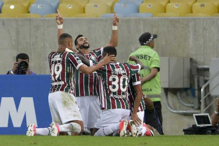 Fluminense golea a Universidad Católica