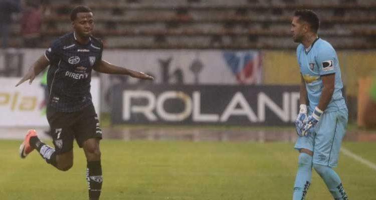 Independiente del Valle derrota a Liga de Quito.
