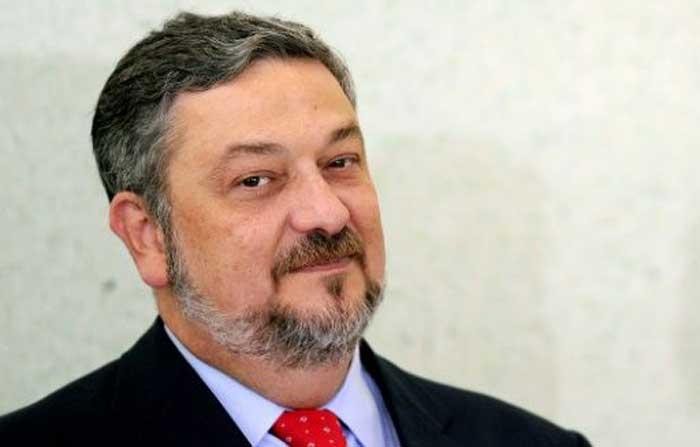 Justicia brasileña condena a un exministro
