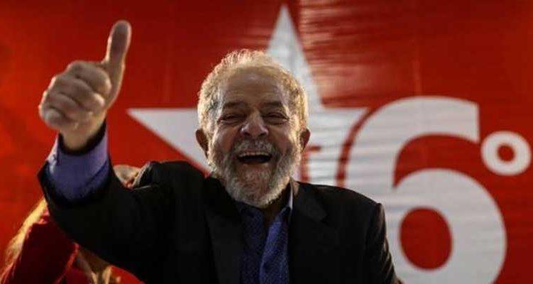 Lula da Silva lidera encuestas en Brasil