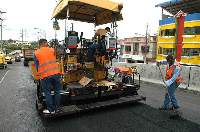 Trabajos de bacheo en Guayaquil