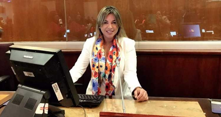 Wendy Vera asambleísta