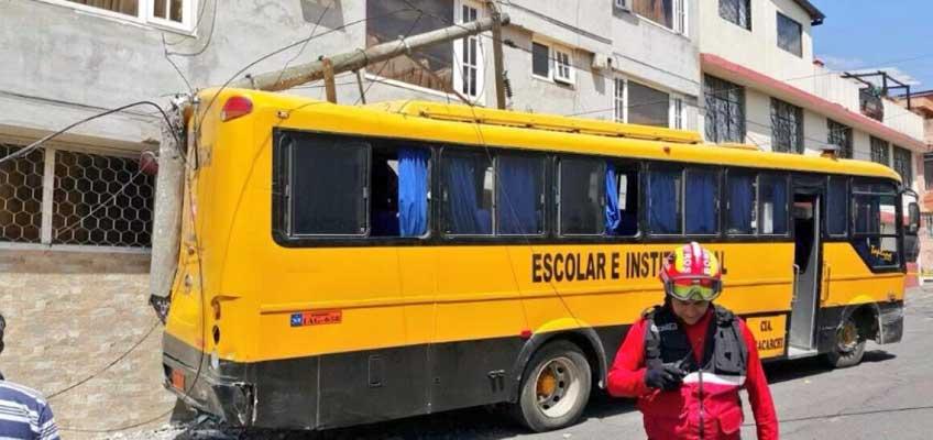 Accidente con bus escolar