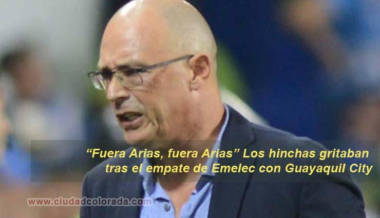 Fuera Arias