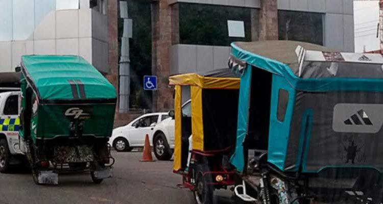 ATM retiene vehículos informales en Los Vergeles