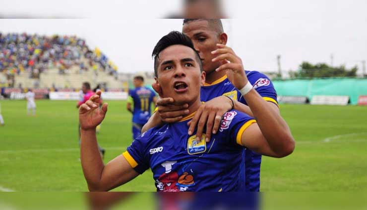 Delfín derrota 2-0 a Universidad Católica en Manta