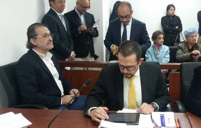 Demanda contra Martín Pallares