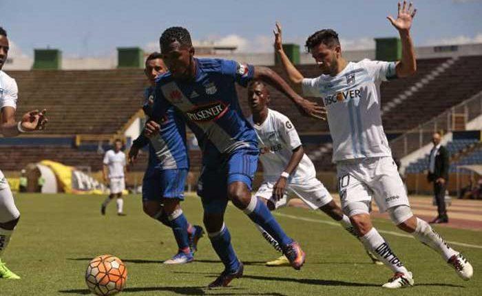 Emelec empata con Universidad Católica 1-1