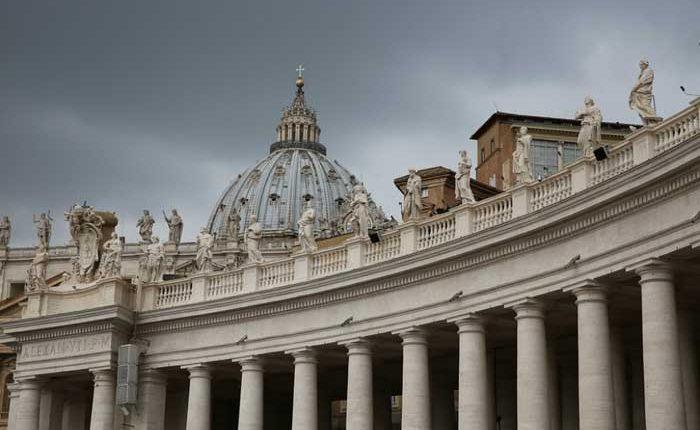 Juicio a exdirigentes del Vaticano