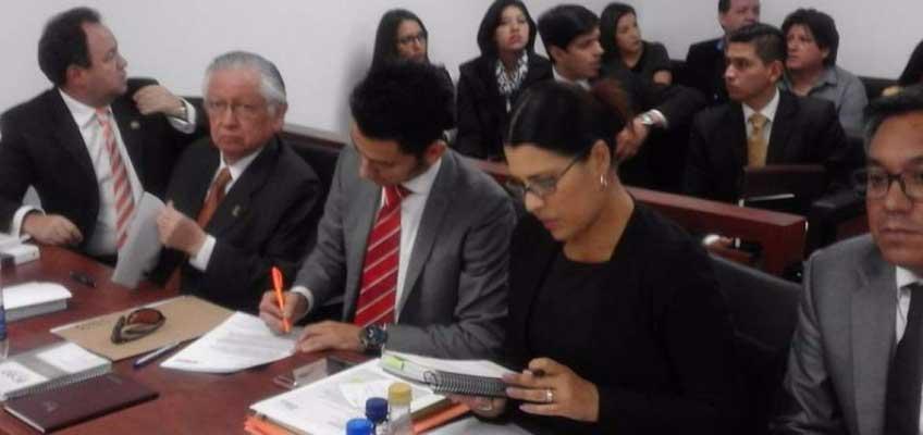 Levantan la prohibición de salida del país a Polibio Córdova