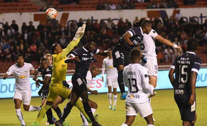 Liga de Quito derrota a Universidad Católica 1-0