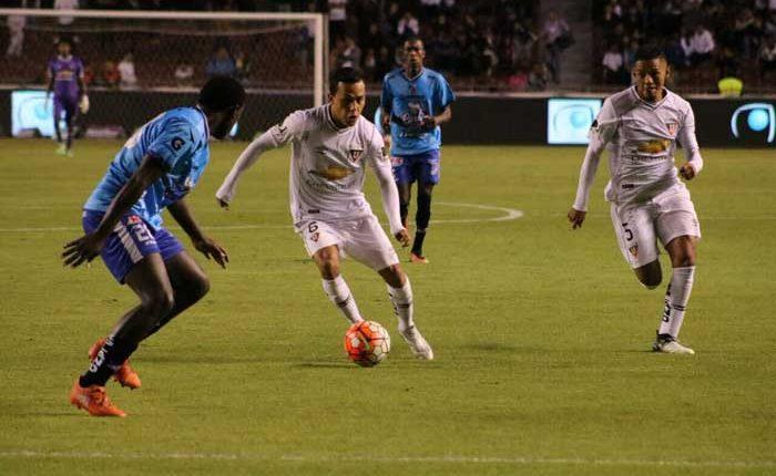 Liga de Quito golea a Clan Juvenil