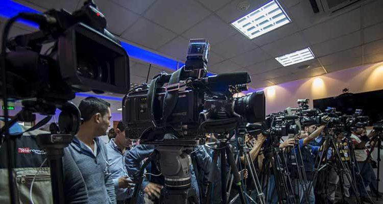 Medios de comunicación privados destacan la apertura de diálogo del presidente de la República