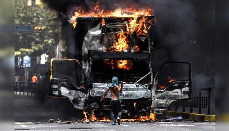 Venezuela: Protesta opositora, quema a un hombre vivo