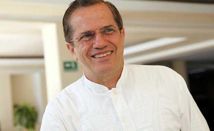 Ricardo Patño asesor del presidente