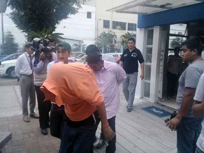 Detenidos sacapintas en Guayaquil