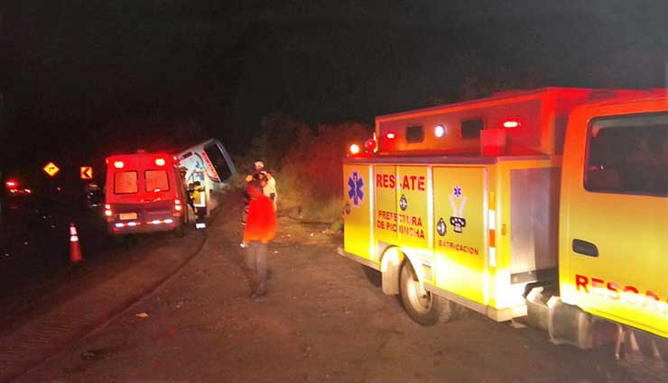 Accidente de Transito, Vía, Aloag, Santo Domingo, ECU 911