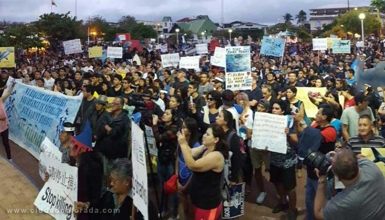 Pobladores de Galapagos protestan por la pesca ilegal