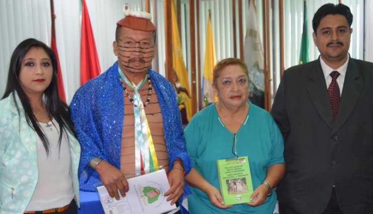 libro étnico, Santo Domingo, Tsachila,