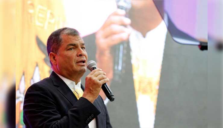 Rafael Correa, Lenín Moreno, Economía
