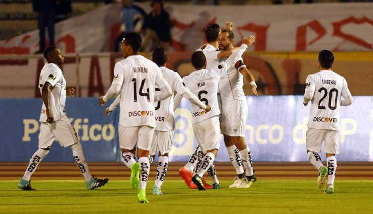 Liga de Quito, Universidad Católica, Fútbol, Resultados