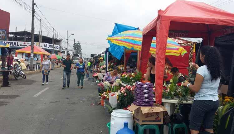 Feriado Difuntos, Santo Domingo, Ecuador,