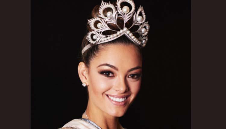 Miss Universo, Coronación, Espectáculos,