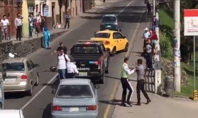 Cuenca, Agente de Tránsito, Alcohólicos, Multa