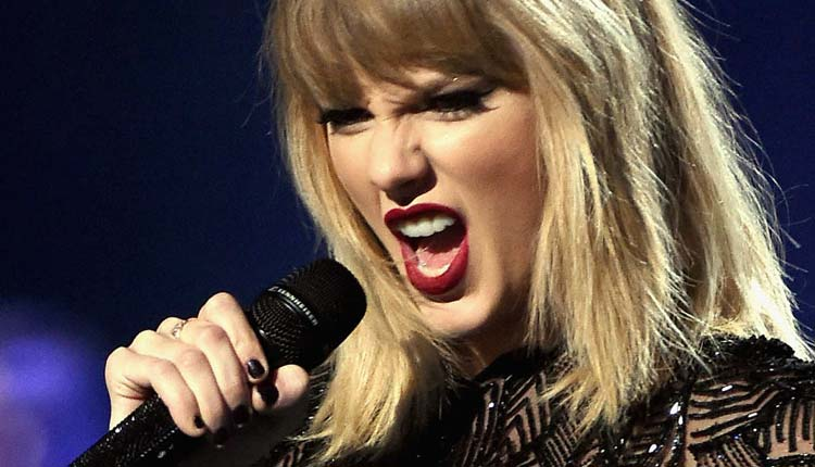 Taylor Swift, Cantante,