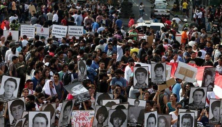 Indulto Presidencial, Perú, Política,