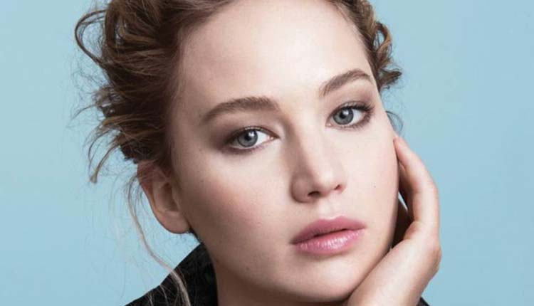 Jennifer Lawrence, Cantante,