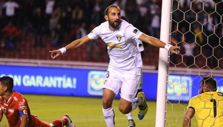 Hernan Barcos, Liga de Quito, Fútbol,