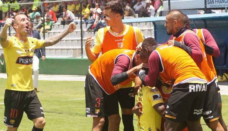Barcelona, Técnico Universitario, Fútbol, Campeonato Ecuatoriano de Fútbol,