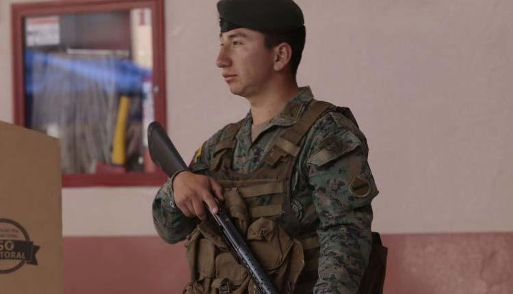 Fuerzas Armadas, Ecuador, Consulta Popular 2018,