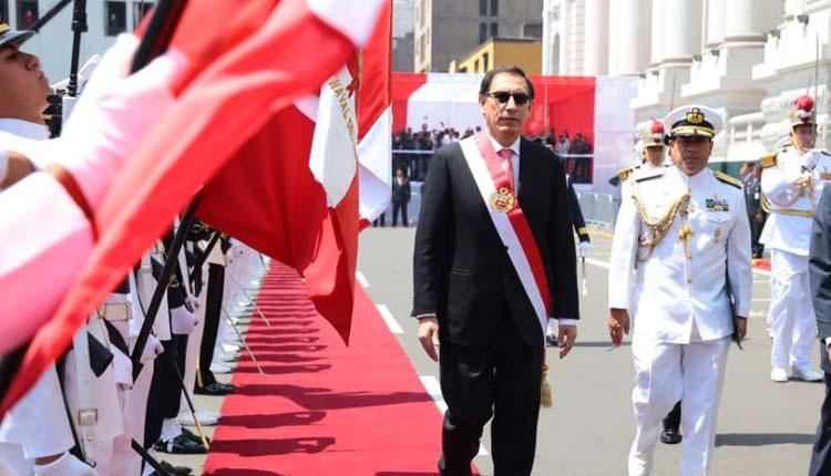 Martín Vizcarra, Peru, Politica,