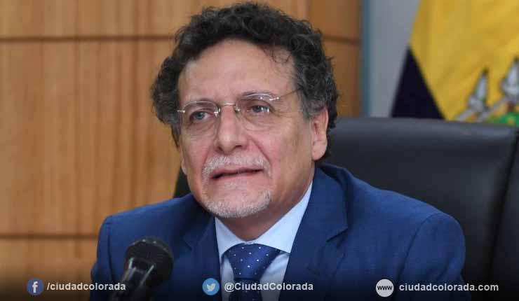 El Contralor subrogante, Pablo Celi, remitió un nuevo documento al Fiscal General, Carlos Baca Mancheno, en el cual solicita que se incluya en la investigación del caso Singue al expresidente Rafael Correa.