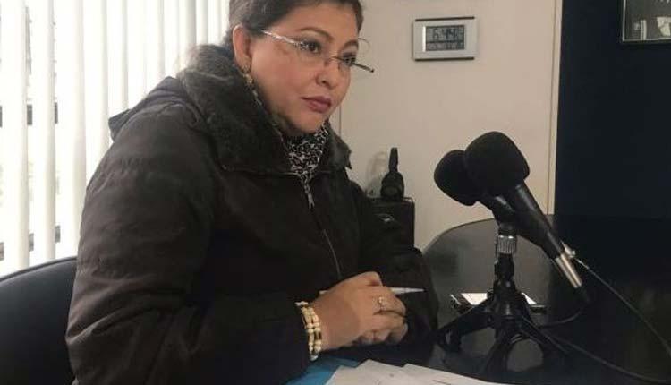 Sofia Espin, Política, Ecuador,