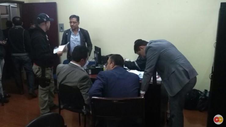 Dos concejales y seis funcionarios del municipio de Quito detenidos por supuesta asociación ilícita