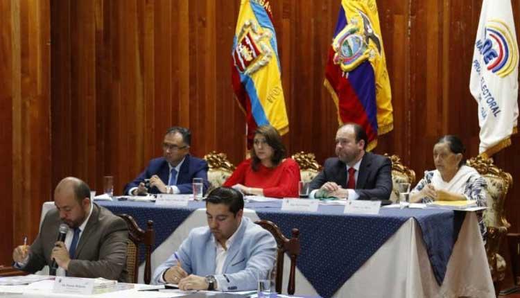 CNE, Quito, Mauricio Rodas, Revocatoria,