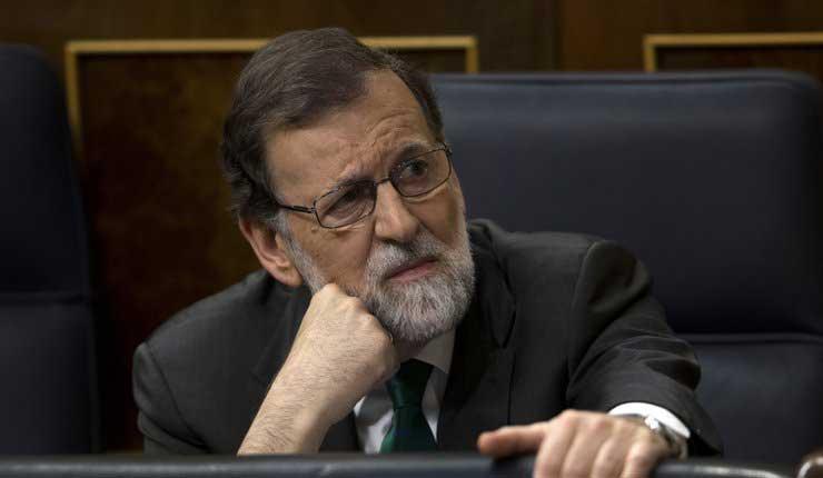 Los pequeños partidos españoles buscan la salida de Rajoy