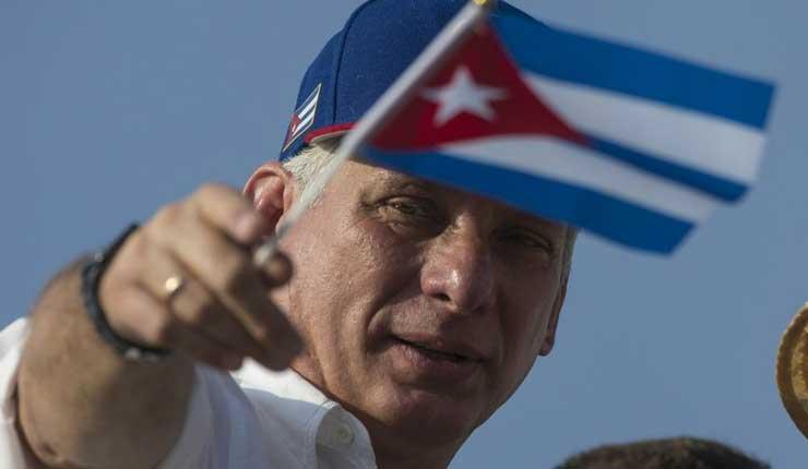 Cuba inicia proceso para reformar su Constitución